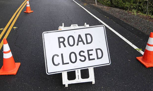 Road Closure sign -1